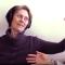 Tónlist gerir kraftaverk fyrir Alzheimer-sjúklinga – Sjáðu myndbandið